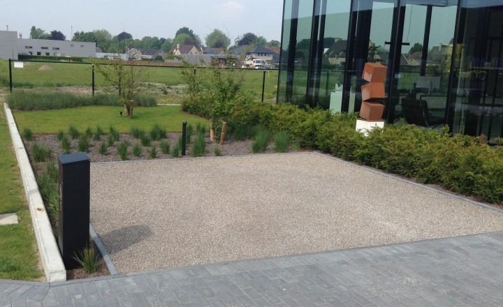 Terrassen en opritten - voorziening van 2 parkeerplaatsen